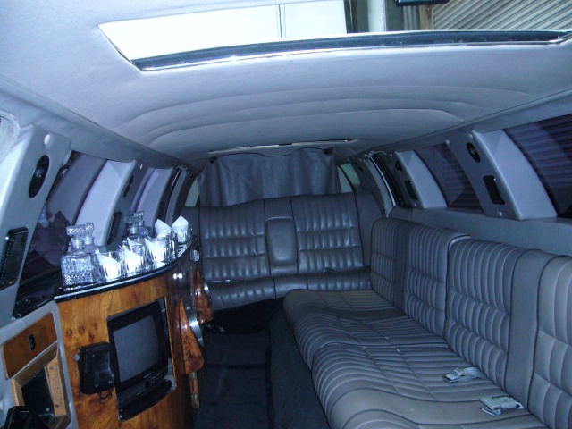San Francisco 14 Passenger Hot Tub Limousine Photo Album
