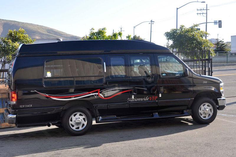 San Francisco 8 Passenger Executive Limousine Van Photo