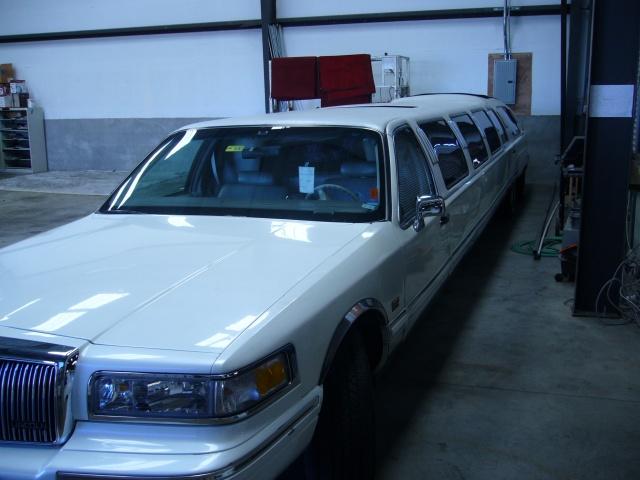 Rolls Royce Limo >> San Francisco 14 Passenger Hot Tub Limousine Photo Album ...